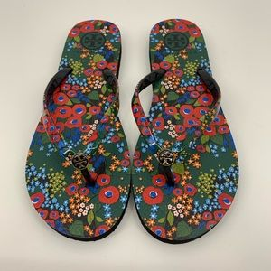 Tory Burch NWOB Darling Floral Thin Flip Flops